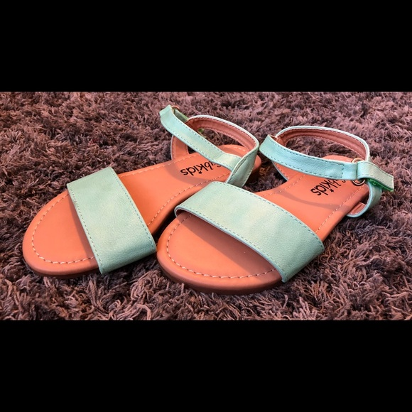 5070d5878099 FabKids mint sandal